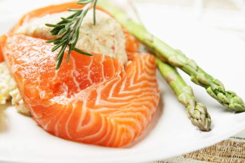 Salmon tends to dry out when baked; a vinaigrette marinade helps keep it moist